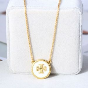 NWT Tory Burch Mother of Pearl Gold Logo Necklace